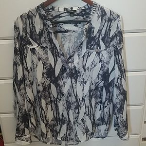 Sheer and chic blouse
